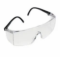 Polycarbonate 3M 1709 In Safety Goggles