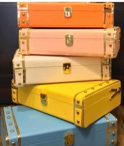 Leatherette Gift Trunk