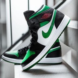 Men Training Shoes Nike Air Jordan 1 Retro High Og, Size: 7 To 10 ...