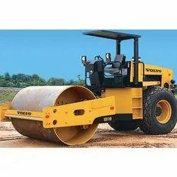 Soil Compactor Road Roller Rental Service, Capacity: 11 Tonnes