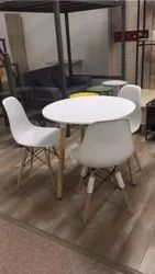 Wellof Wooden Cafeteria Chairs Cafteria Table, Seating Capacity: 120kg, Size: 2 By 2 Feet