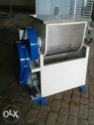 Aata Kneeding Machine