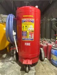 AFFF Based Safety Plus 135 Ltr Mechanical Foam Fire Extinguisher, For Industrial Use, Capacity: 4 Kg