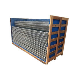 Heavy Duty Rubber Wood Crate, Shape: Rectangular