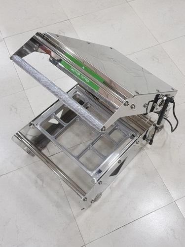 Manufacturer of Tray Sealing Machine & Eco friendly
