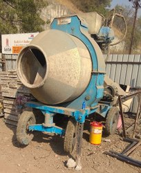 Reversible Concrete Mixer On Hire