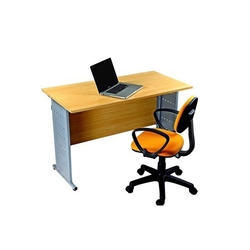 Specific Use Office Desks Material Plywood Board And Steel Shape Rectangular Model Number GT 23B