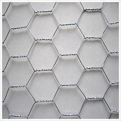 GI Hexagonal Wire Mesh, Thickness: 1-2mm , For Industrial