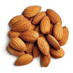 Dry Almond Nut, Packing: 1 kg