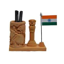 Wooden Decorative Pen Stand
