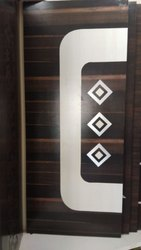 Standard Polished Metallic Doors, Single, Thickness: 19 Mm