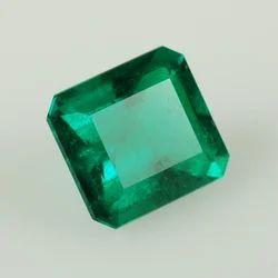 Natural Emerald Stone