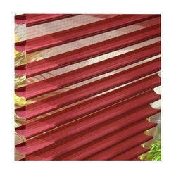 Red Horizontal Triple Shade Blind
