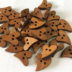 Wooden Brown 18 Line Heart Button