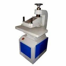 Non Woven D- Cut Bag Punching Machine