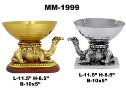 Metal Camel With Bowl