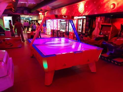 Strange 4 Player Air Hockey Table Interior Design Ideas Tzicisoteloinfo
