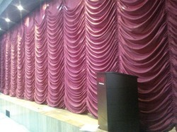 Vertical Motorized Curtain System, For AUDITORIUM, Size: 50 X 18 Feet