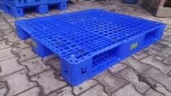 Ercon Four Way Entry HDPE Pallet