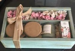 Rectangle Polished Wooden Gift Box