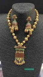 Ladies Gold Necklace Set