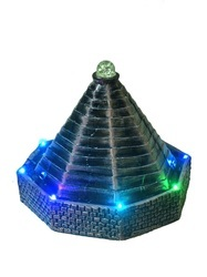 Pyramid Look Fountain