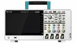 Tektronix TBS2000 Series TBS2072 Oscilloscope, Digital Storage, 2 Channels, 70MHz