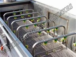 Spray Washing Conveyor