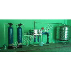 Stainless Steel SR Aqua Tech Commercial Reverse Osmosis Plants, Number of Membranes in RO: 2, 2000