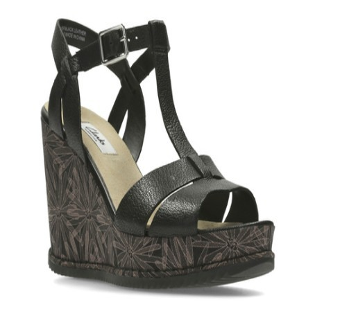 2466e7523a5 Clarks Daily Wear And Casual Adesha River Sandal