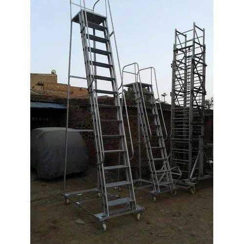 Trolley Ladder Wide Step Trolley Ladder Manufacturer
