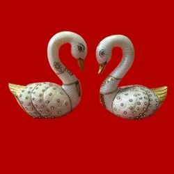 White Marble Decorative Swan Pair, Size: 6 Inch