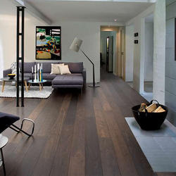 Black Oak Boulevard Flooring