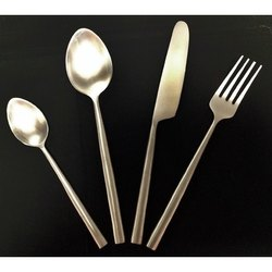 4 Pieces Stainless Steel Cutlery Set