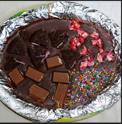 Manufacturer Of Wedding Cake Anniversary Cake By Je Homemade Chocolates And Cakes Jalandhar