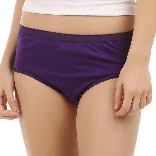 Free pictures of women in panties