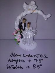 Wedding Cake Topper Figurine 2, Packaging Type: Box