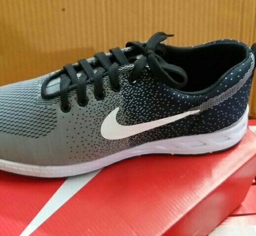bestia defecto equilibrar  Sports Nike Sport Shoes, Model No: 810, Size: 6-10, Rs 380 /pair ...