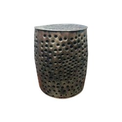 Padmavati Arts Decorative Iron Mudda, Shape: Round