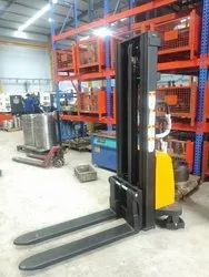 ACE Semi Electric Stacker