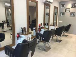 Beauty Parlor Designing Services