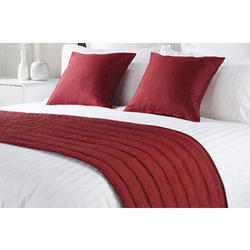 Maroon Polyester Bed Runner Set