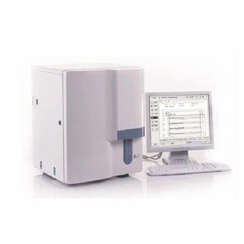 Analyser Machine - Biochemistry Auto Analyzer Manufacturer