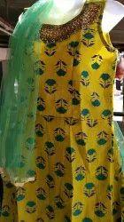 Ladies Sleeveless Embroidered Kurtis