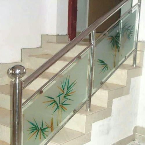Stainless Steel Railings Glass Handrails Installation: Stainless Steel Stair Glass Railing At Rs 650 /running