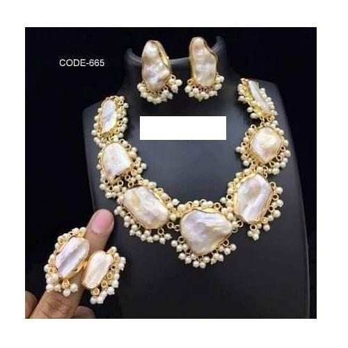 f47ba3a59385e Mother Of Pearl Necklace Sets