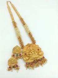 D 11000 Temple Jewellery Set