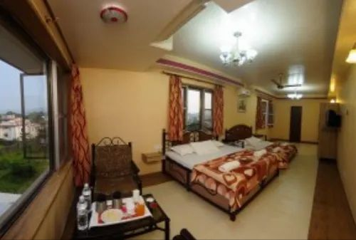 Family Suite Room Rental Service