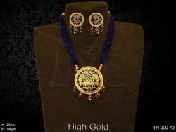 Dancing Morning Pankh Single Thewa Necklace Set
