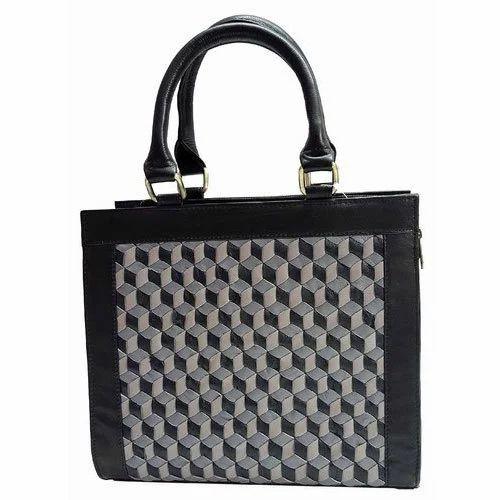 Sr Leather Black Square Weaving Handbags